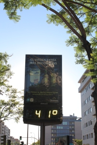 Hace calor! 104 degrees Fahrenheit.
