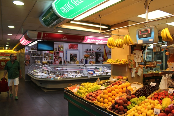 Fresh food in the local neighborhood market, Madrid.