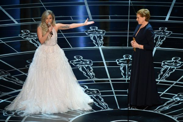 Andrews-Lady Gaga-Oscars