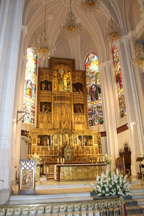 The altar at Parroquia Concepcion de Nuestra Señora.